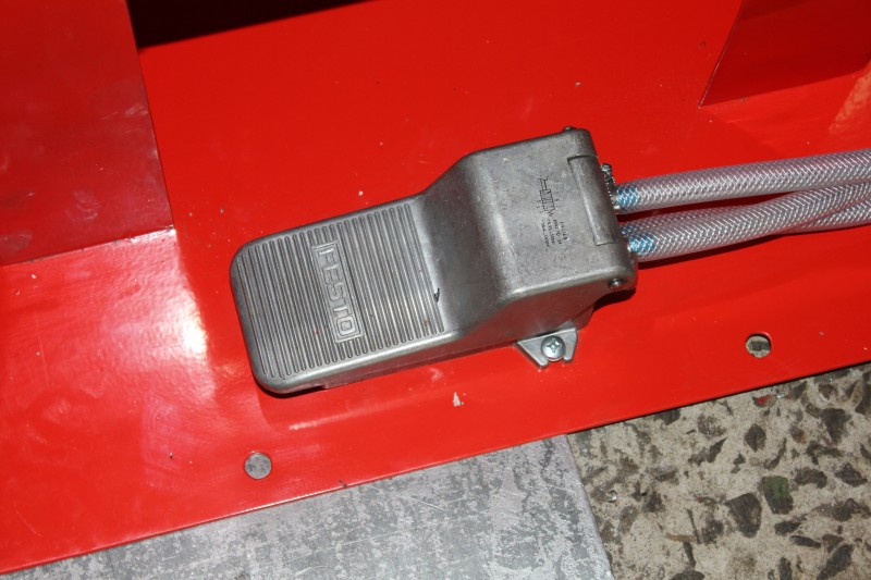 Станок для клепки тормозных колодок грузовых автомобилей 1