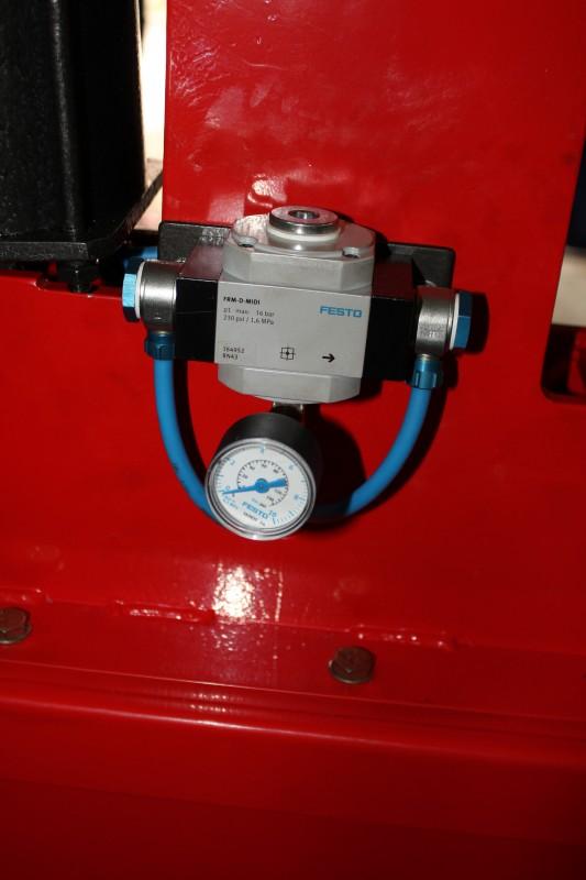 Станок для клепки тормозных колодок грузовых автомобилей 2